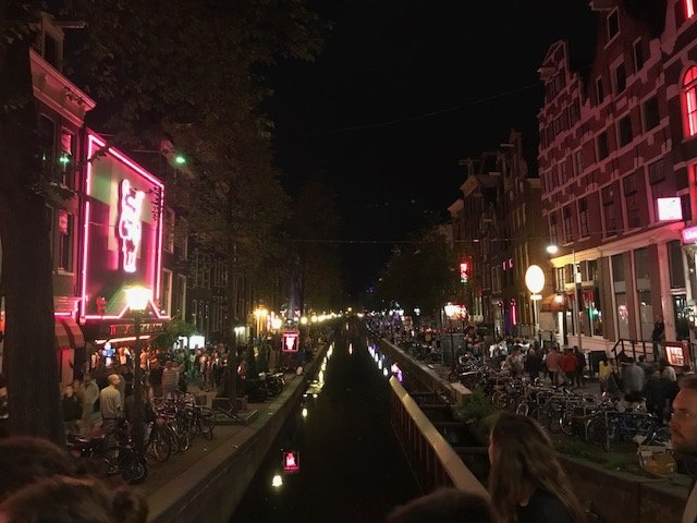 Red light district Amsterdam - overnight layover Amsterdam
