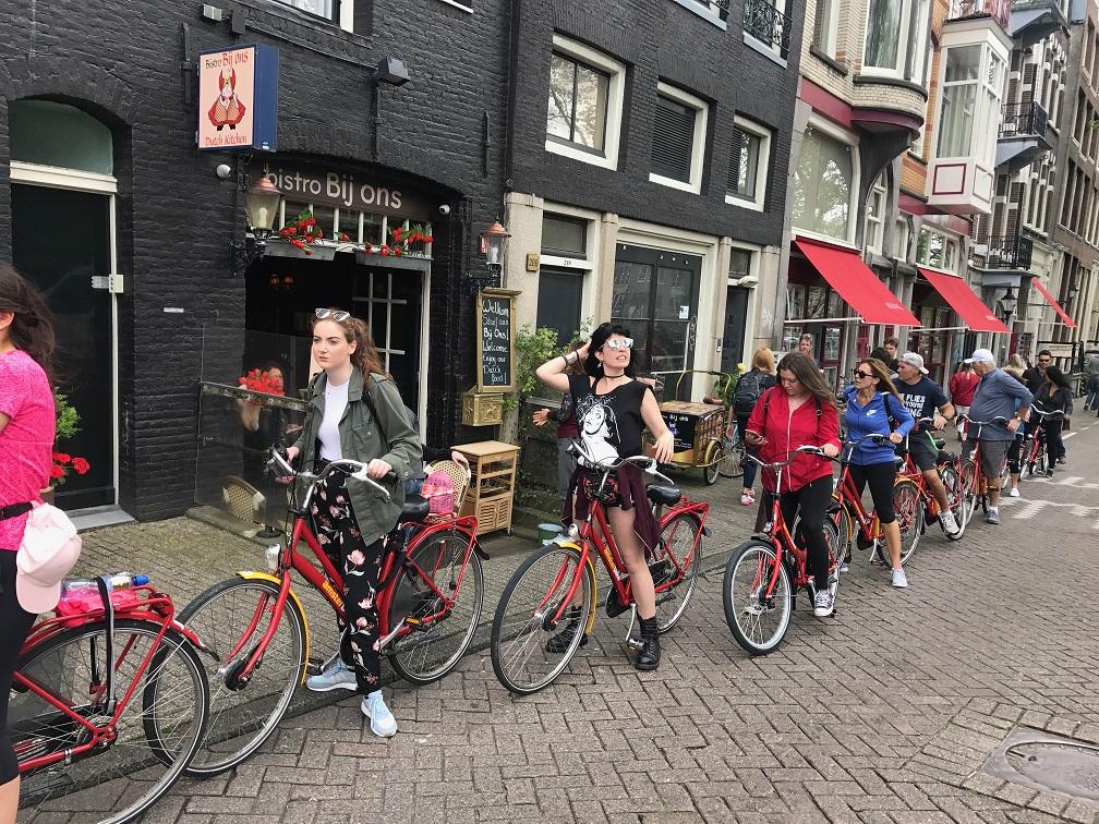 Tourism Amsterdam - Rental bikes