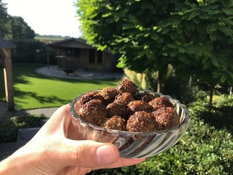 Small Dutch meatballs