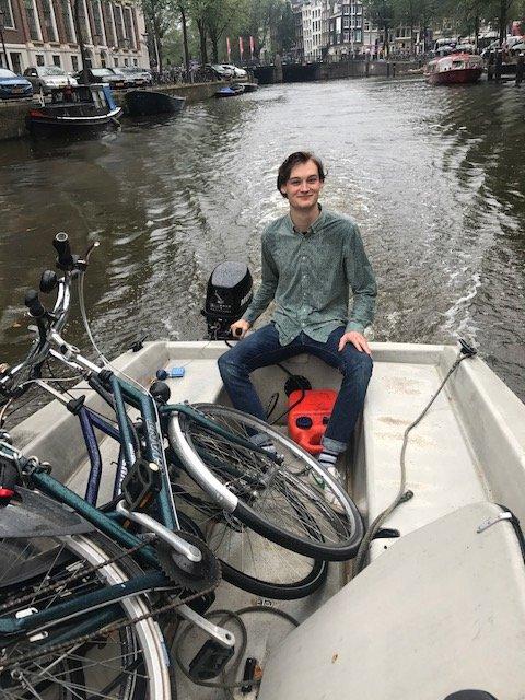 The Dutch take their bikes everywhere - Bikes Amsterdam