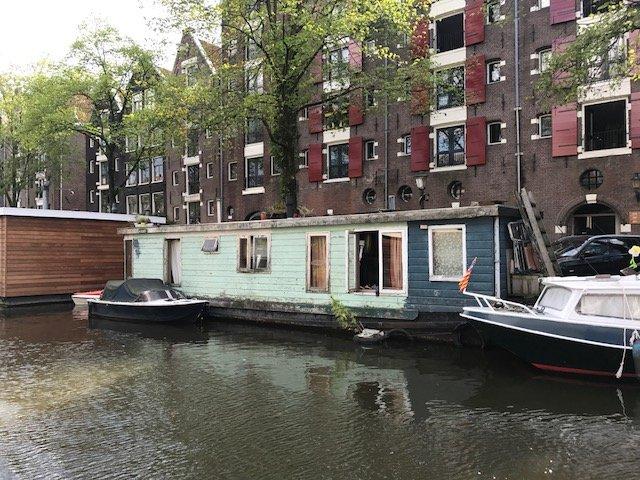 Houseboat needs maintenance too
