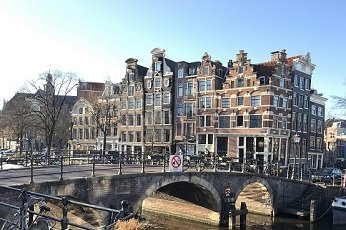 A brief history on the canals in Amsterdam