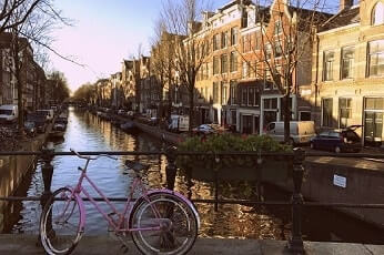 Cycle the Amsterdam Canals