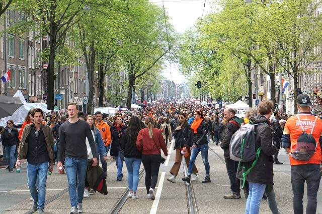 Rozengracht during Kingsday
